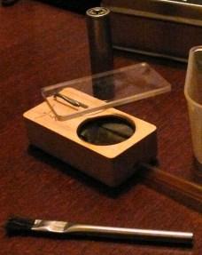 Technik und Zubehör. Wo nix verbrennt gibt's kein Teer und Schmand und ein kleiner Pinsel reicht zum Reinigen.