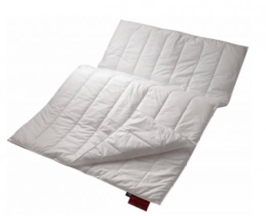 Sommer und Winterdecke in einem für Deine Gymnastikuebungen im Bett