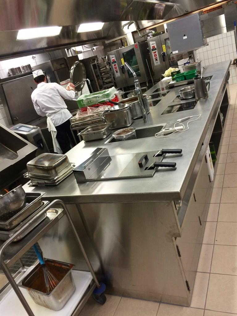 Fourneau sur mesures, côté bain marie | Meinen Cuisines Professionnelles SA, Genève
