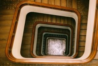 staircase-midcentury-lisbon