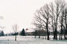 schneelandschaft-bauernhof