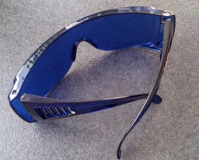 Golfball-Finder Brille - erleichtert das Suchen von Golfbällen