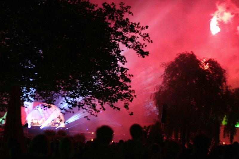 OPEN AIR-Konzert mit Feuerwerk im Bürgerpark Bielefeld