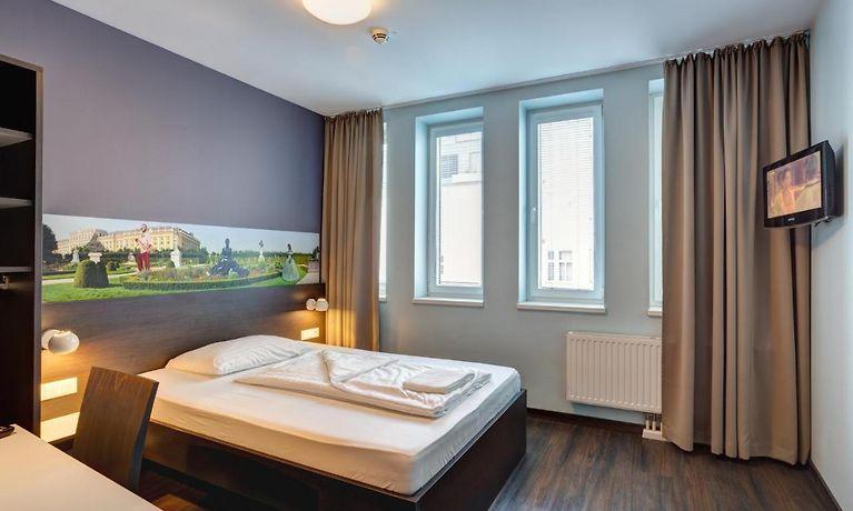 Meininger Hotel Wien Downtown Sissi Vienna