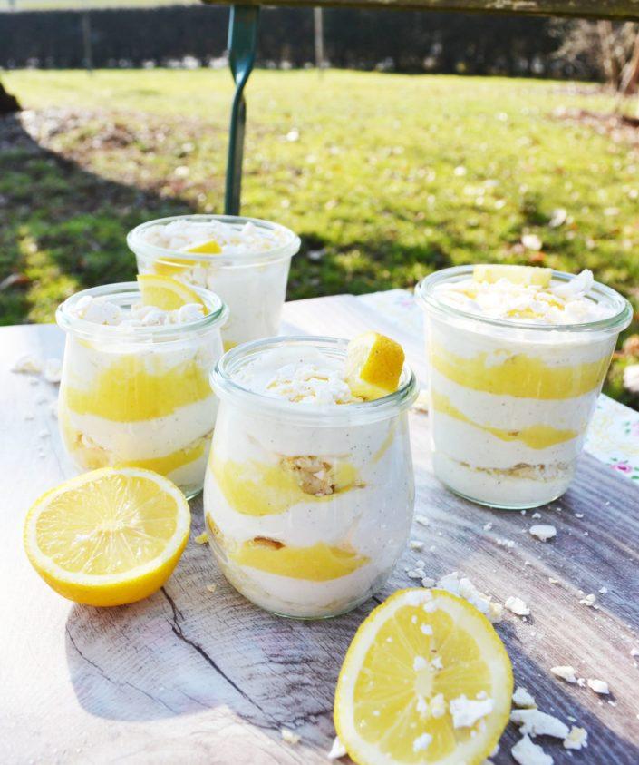 Zitronig, frisches, Löffelerlebnis! Lemon Curd-Joghurt-Creme