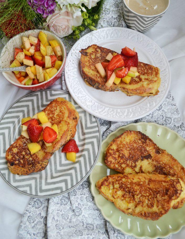 Süßes Sonntagsfrühstück! French Toast mit Obstsalat