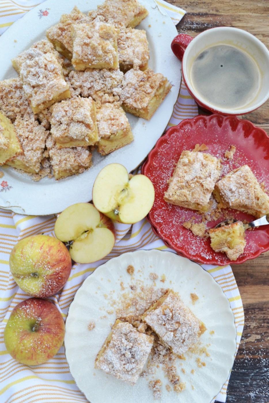 Verboten Gut Apfel Streusel Kuchen Mit Baiser Meinleckeresleben Com