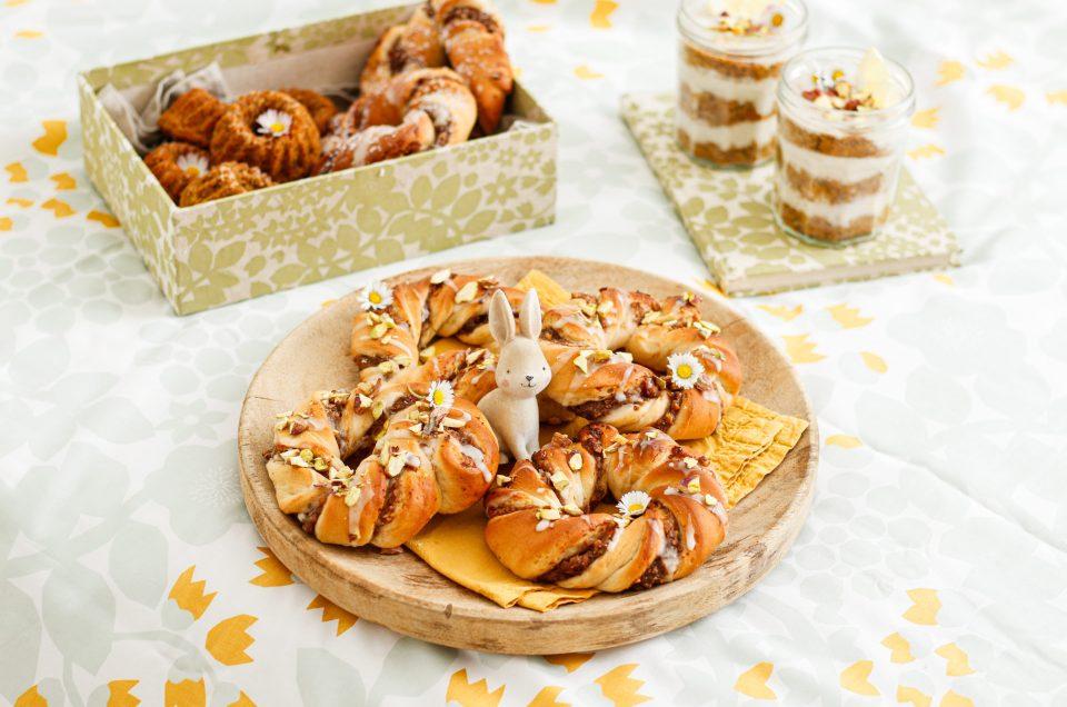 VEGANE OSTERNASCHEREIEN FÜR GROSS & KLEIN! Karottenkuchen im Glas & Oster-Nusskringel