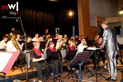 musikverein-maulburg-bringt-die-alemannenhalle-zum-kochen-meinwiesental
