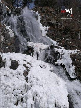 die-letzten-winterfreuden-meinwiesental-todtnau-wasserfall-galerie-02
