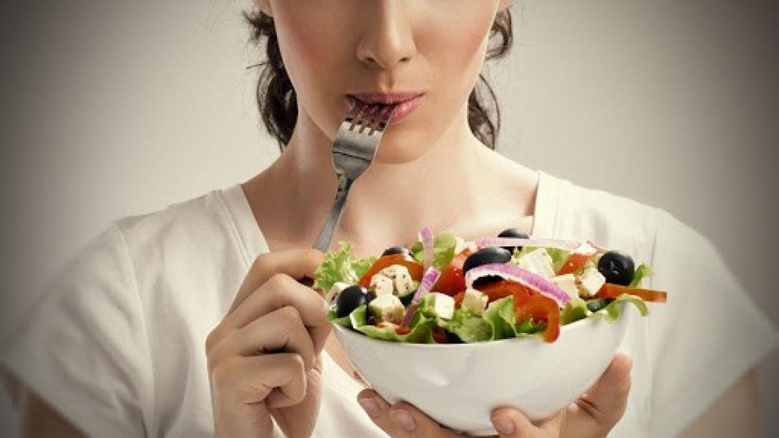 Femra-Ushqimi
