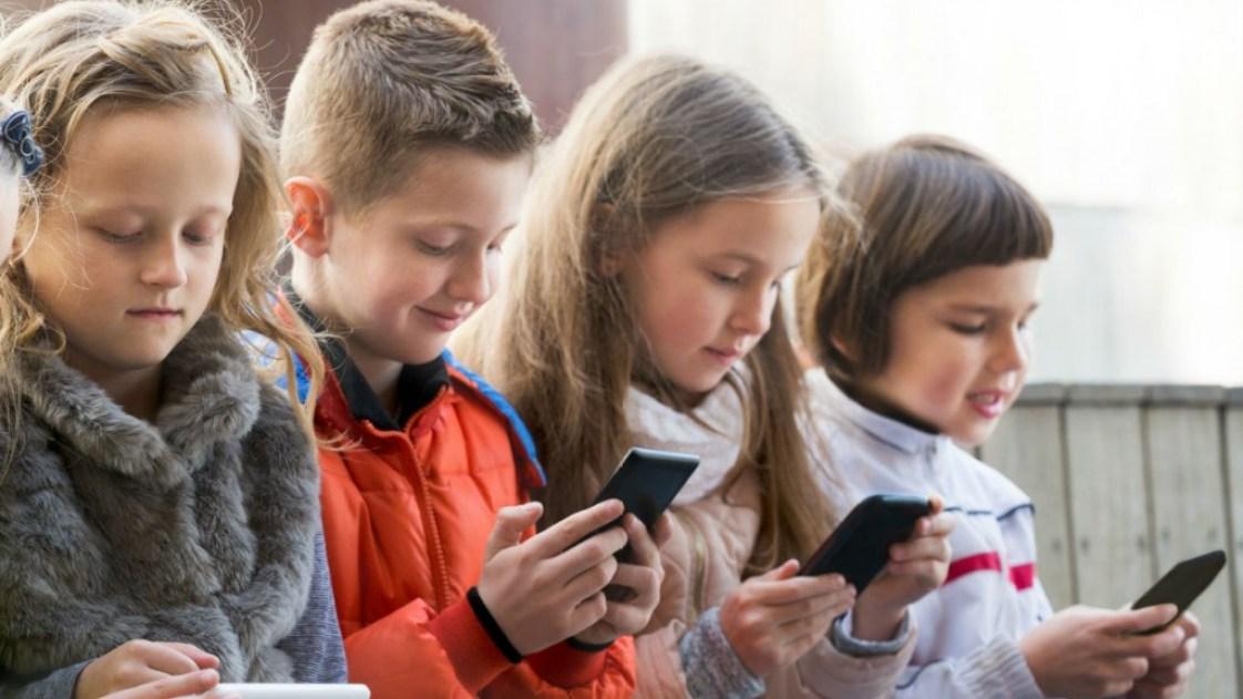 Fëmijët-Celularë