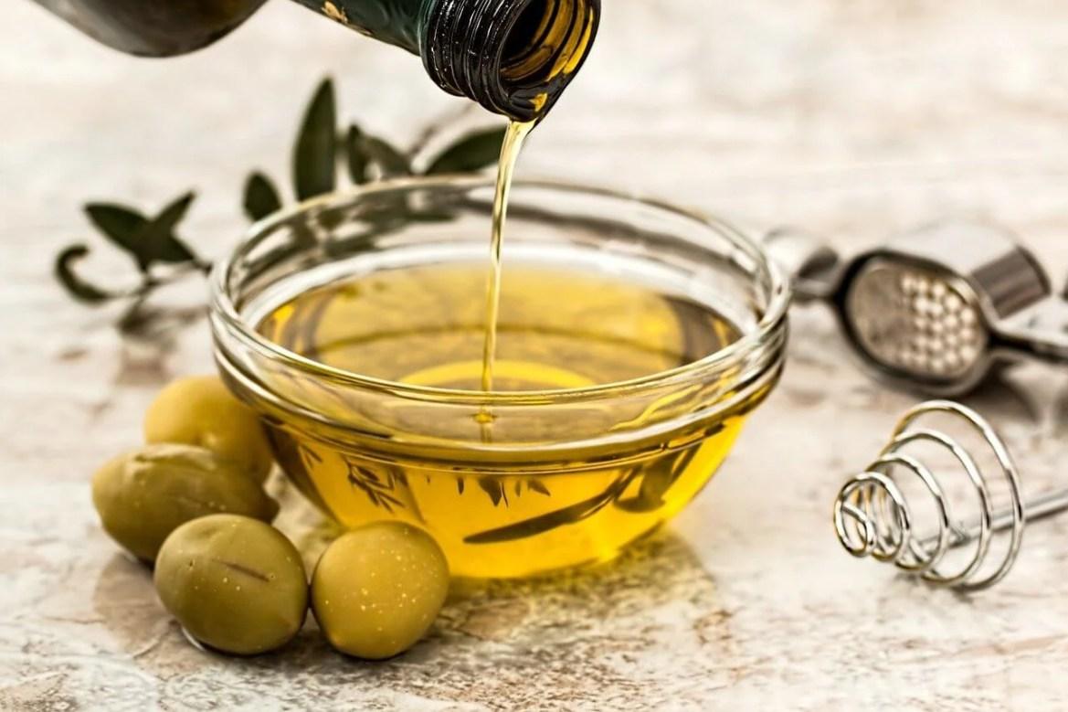 Aceite de oliva para una mascarilla para la piel.