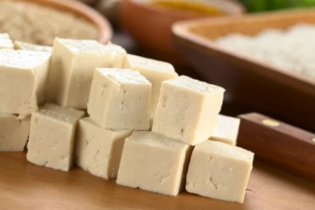 Recetas sencillas para hacer queso vegano — Mejor con Salud