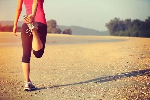 Alongamento para evitar dores nos joelhos