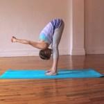 Di adiós al dolor de espalda con estas posturas de Yoga