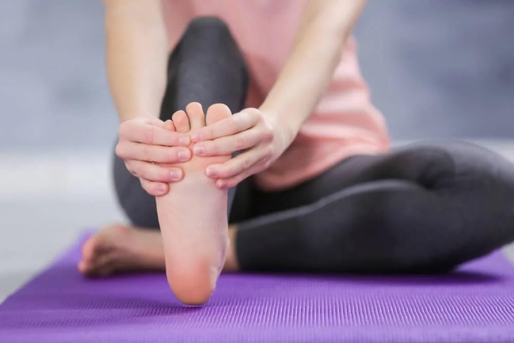 Flexionar los dedos de los pies
