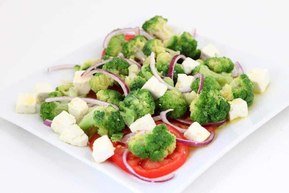 Verduras al vapor con queso gratinado