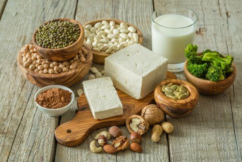 Toda dieta vegana debe contener una serie de alimentos.