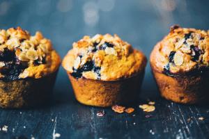 Muffins de sémola y cúrcuma