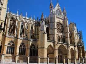 Las mejores zonas donde alojarse en León, España
