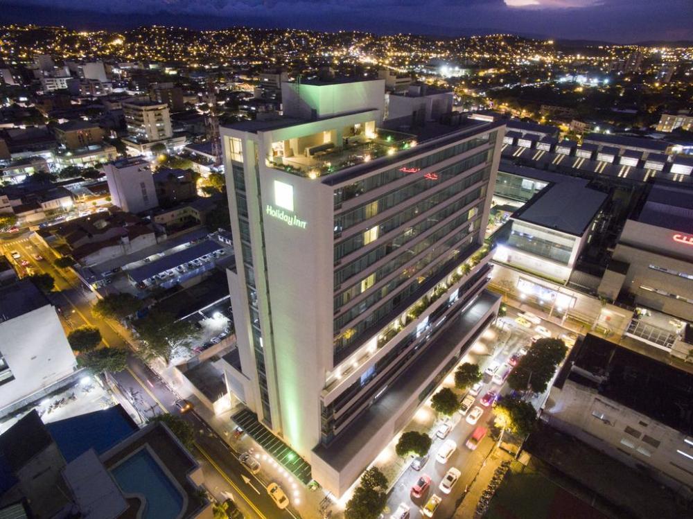 Mejores zonas donde alojarse en Cúcuta - Cerca de la Calle 10 y el Centro Comercial Ventura Plaza