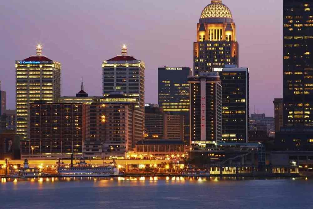Mejores zonas donde alojarse en Louisville, Kentucky - Waterfront Park