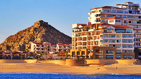 Best areas to stay in Cabo San Lucas - Playa El Médano or Medano Beach