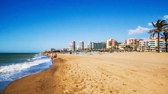 Best area to stay in Torremolinos - Los Álamos Beach y Playamar