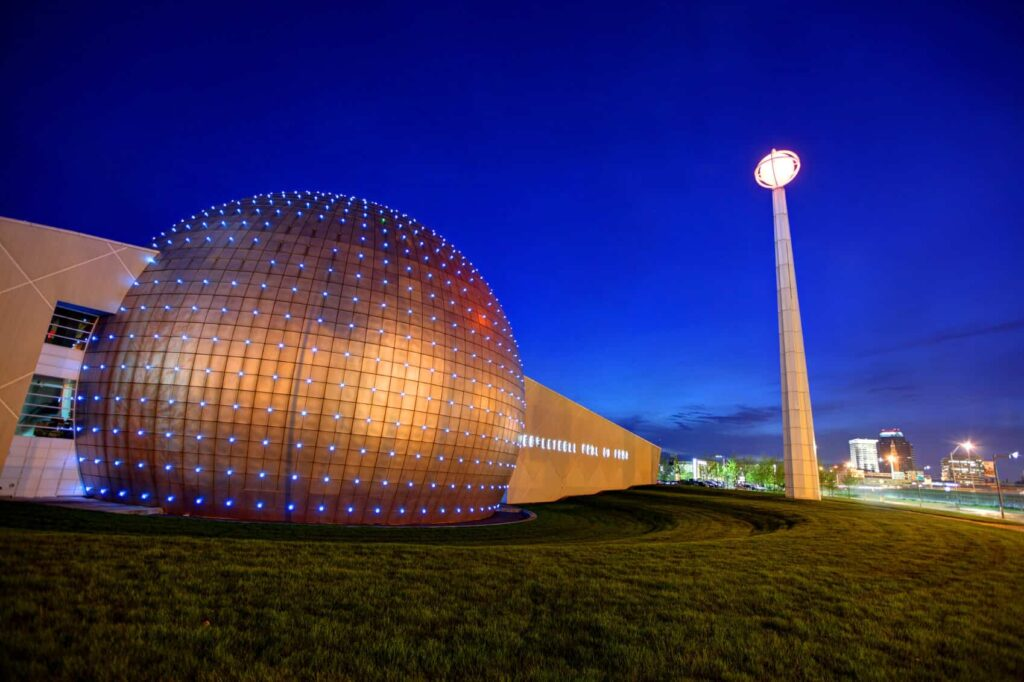 Mejores zonas donde hospedarse en Springfield, MA - Cerca del Naismith Memorial Basketball Hall of Fame