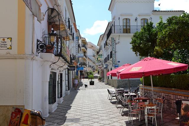 Best area to stay in Costa del Sol - Estepona
