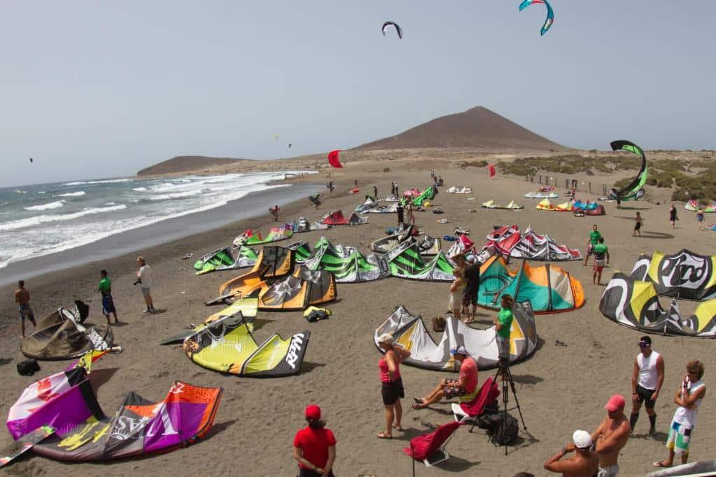 Dónde alojarse en Tenerife para practicar windsurf - El Médano