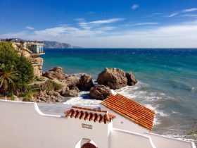 Dónde buscar alojamiento en la Costa del Sol: Nerja
