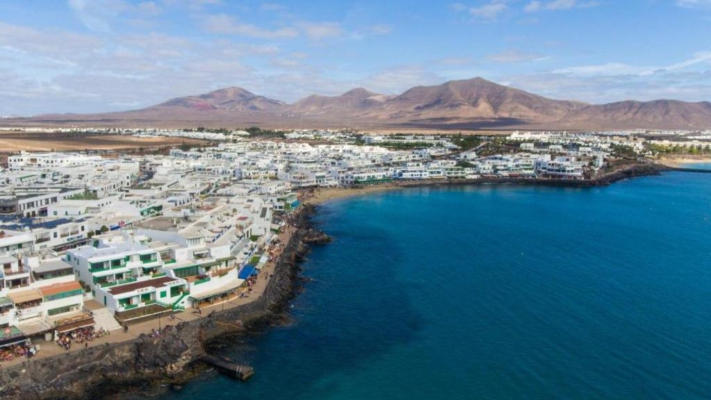Best beach towns to stay on the island of Lanzarote - Playa Blanca