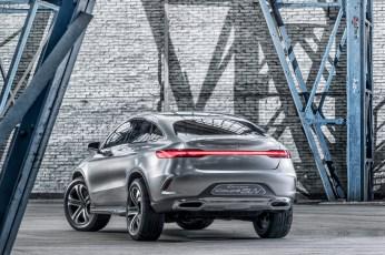 Mercedes-Benz-Concept-Coupe-SUV-designboom07