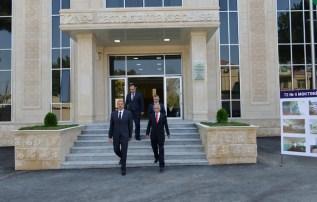 Preziden İ.Əliyevin məktəbin təmirindən sonra açılışda iştirakı