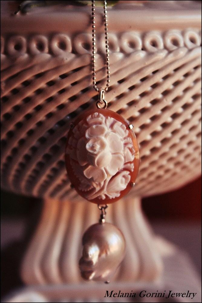 Perle barocche e cammei - Baroque pearls and cameos (2/6)