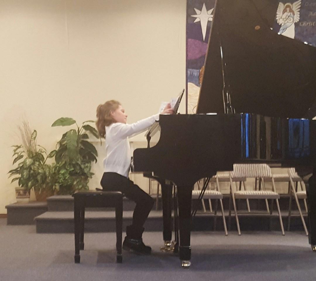sarah-piano