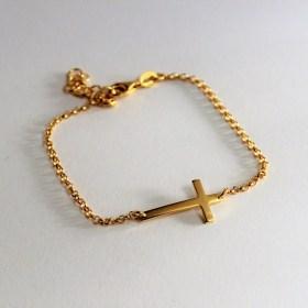 cross-bracelet_gold_chicjewelcouturebymelaniefalvey-1