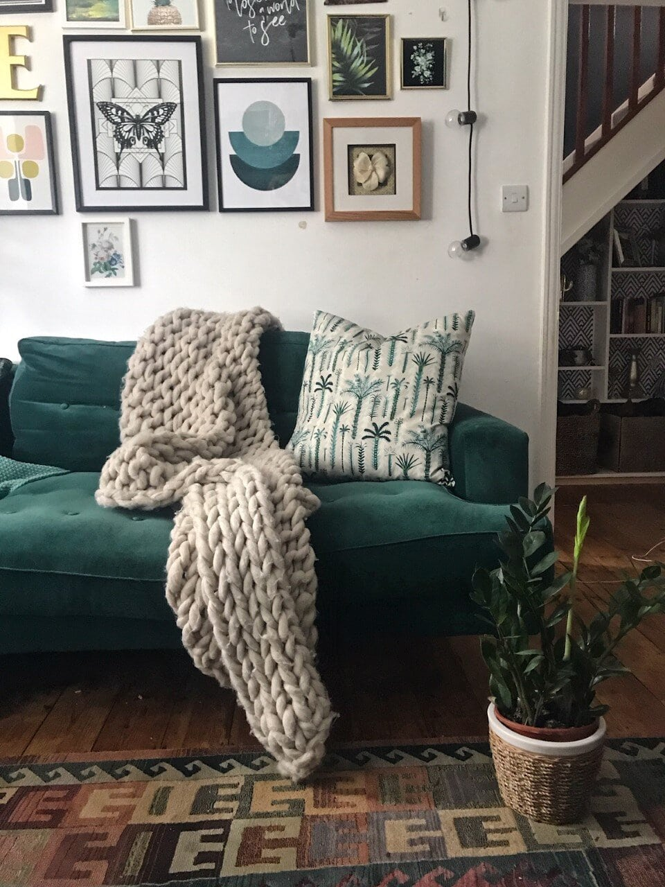 sustainable, sustainability, sustainable home, environment, environmentally friendly, upcycle, reuse, eco friendly, recycle, buy less, living room