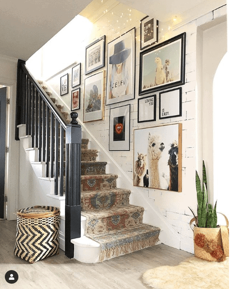Love this gallery wall and the vintage tasselled carpet runner on the staircase Instagram: @blissfully_eclectic