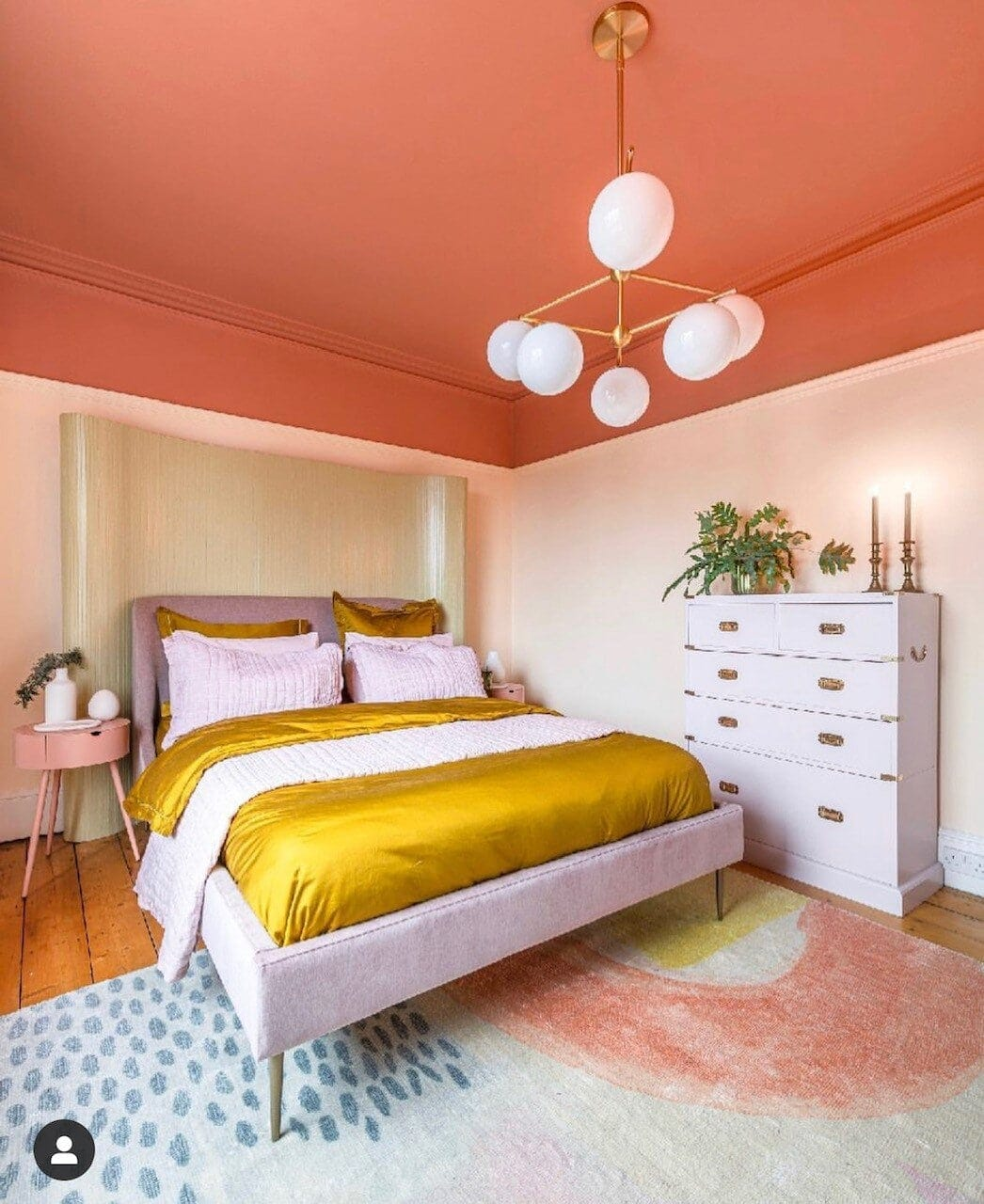 Sofie showing yet again how decorated ceilings should be done! Image:  @threeboysandapinkbath
