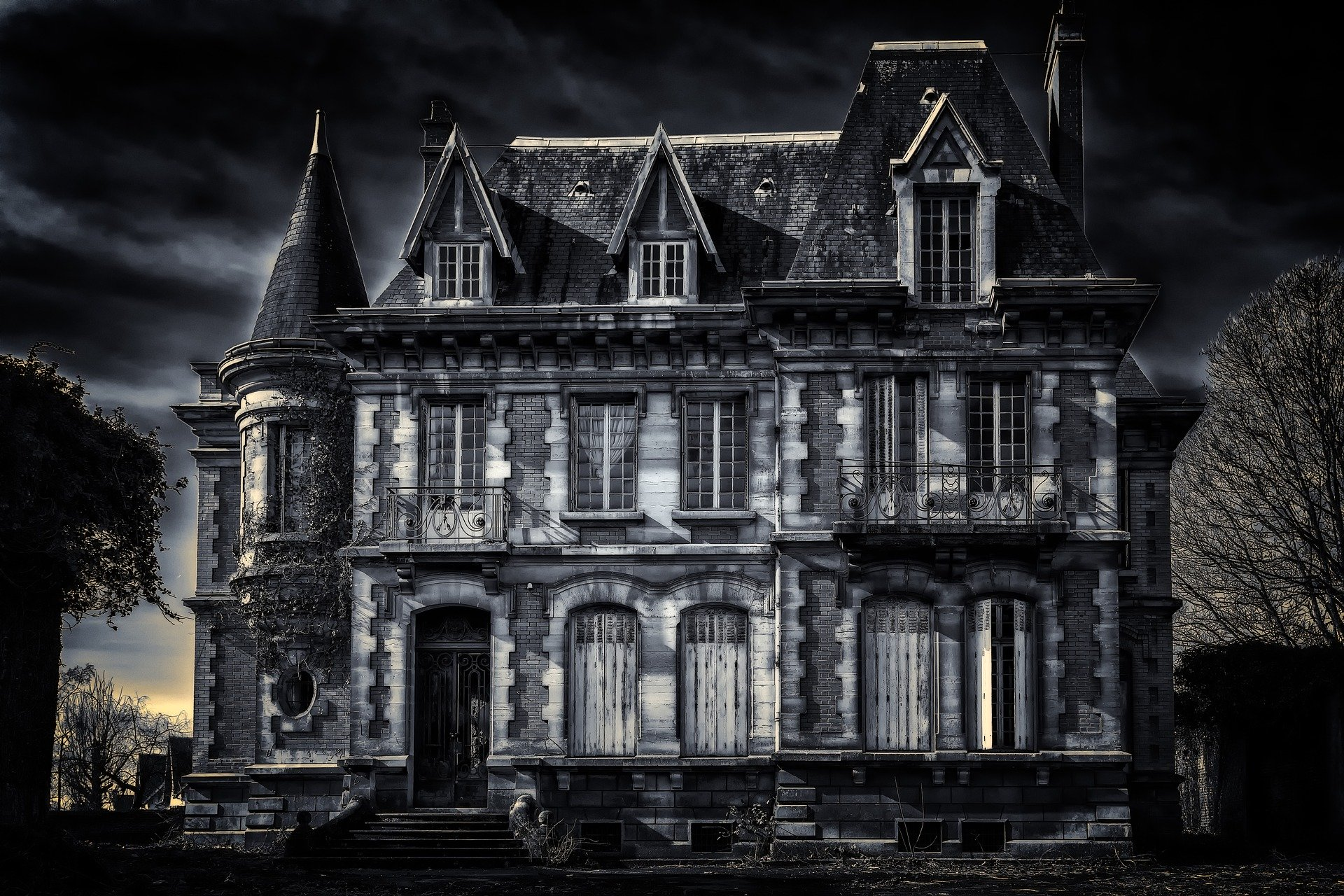 The Turn Of The Screw Vs The Haunting Of Hill House Melanie Roussel Fiction
