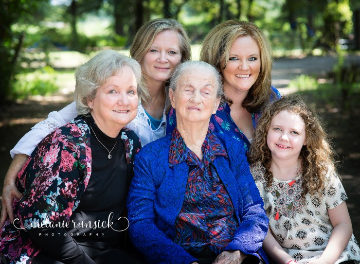 Melanie Runsick Photography Jonesboro Arkansas five Generation family portrait