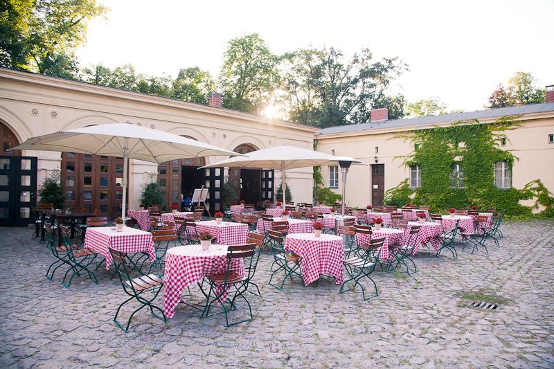 Als Hochzeitsfotograf Potsdam im Restaurant Schlo
