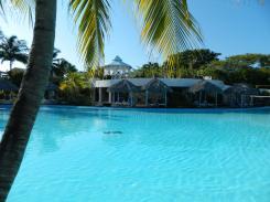Melia Cayo Coco Pool