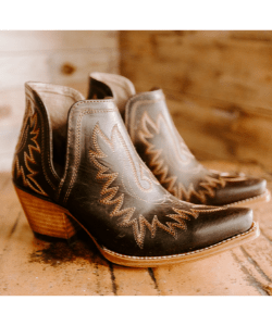 Brown western ankle boots cowgirl fashion