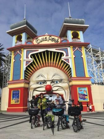 Ending up outside (the original) Luna Park