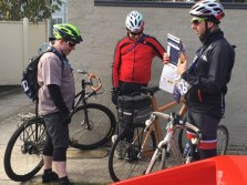 Adam chatting up what would normally be considered the competition - #MelburnRoobaix #Melbourne #Brompton Club