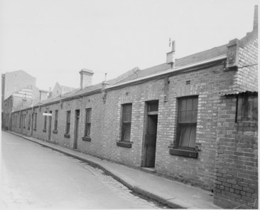 7-17 Casselden Place c1950